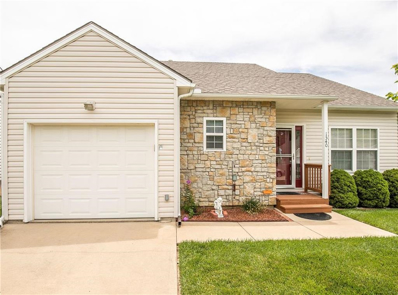 1540 Fall Creek Drive, Tonganoxie, KS 66086 - MLS#: 2174057