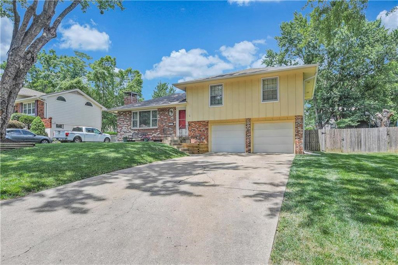 428 SW Sunset Drive, Lees Summit, MO 64081 - #: 2175186