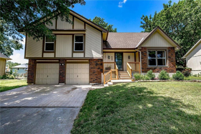600 SE richardson Place, Lees Summit, MO 64063 - #: 2176090