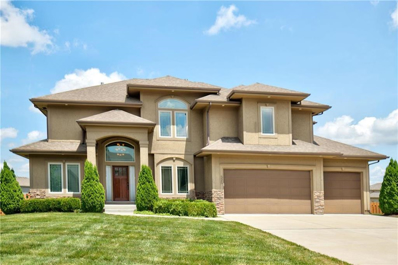 525 NE Parkview Place, Lees Summit, MO 64086 - #: 2176224