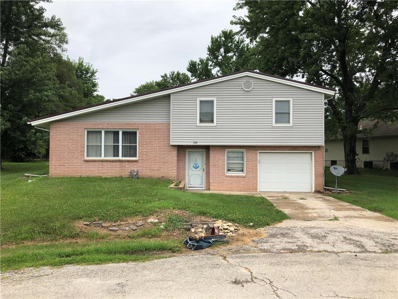 300 Crestview Drive, Richmond, MO 64085 - MLS#: 2176336