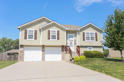 512 Fall Creek Drive, Belton, MO 64012 - MLS#: 2178814