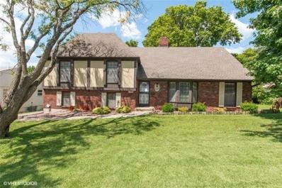 1002 W 88 Terrace, Kansas City, MO 64114 - #: 2179979