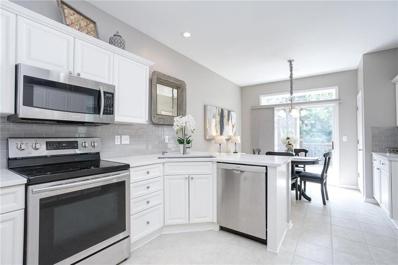 4702 W 159th Terrace, Overland Park, KS 66085 - #: 2181458