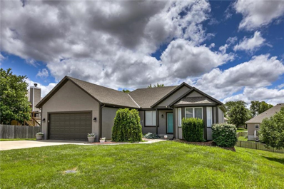 313 Woodhaven Drive, Smithville, MO 64089 - #: 2181512