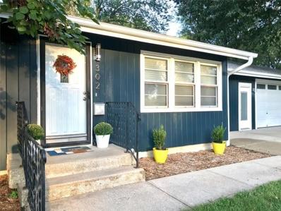 302 Bird Avenue, Harrisonville, MO 64701 - #: 2181719