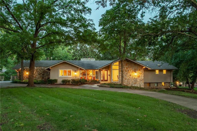 9835 Pembroke Lane, Leawood, KS 66206 - MLS#: 2182373