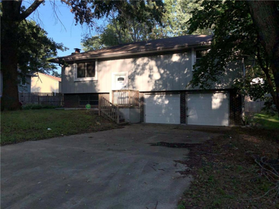 424 NE LAKEVIEW Drive, Blue Springs, MO 64014 - MLS#: 2183708