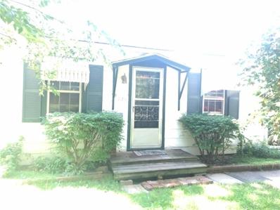 725 S Chestnut Street, Olathe, KS 66061 - MLS#: 2186732