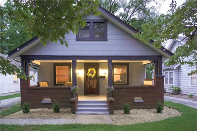 105 E 79th Terrace, Kansas City, MO 64114 - #: 2186946