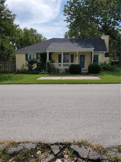 207 S 1st Street, Louisburg, KS 66053 - MLS#: 2188225