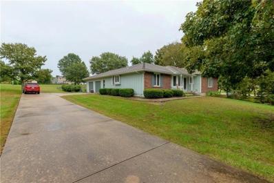 9017 Oak Country Lane, De Soto, KS 66018 - #: 2189503