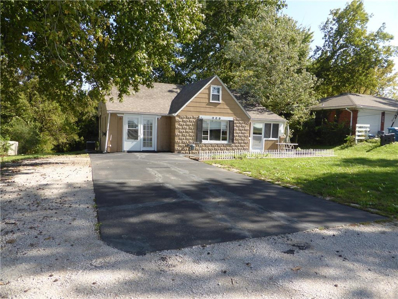 909 N Dickinson Road, Independence, MO 64050 - #: 2190245