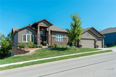 5894 S National Drive, Parkville, MO 64152 - #: 2190889