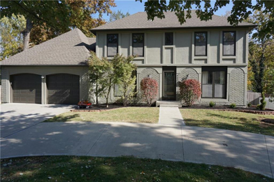 9909 Roe Avenue, Overland Park, KS 66208 - #: 2194883