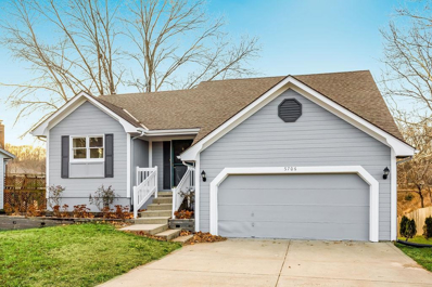 5706 NW Creekview Drive, Parkville, MO 64152 - MLS#: 2200568