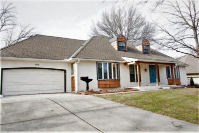 302 SW White Ridge Drive, Lees Summit, MO 64081 - #: 2201343
