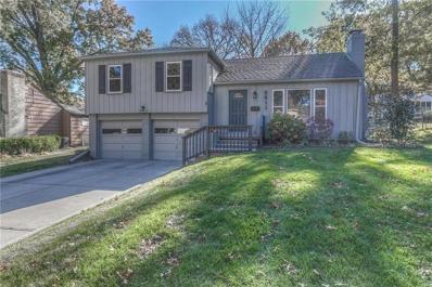 5611 W 77th Terrace, Prairie Village, KS 66208 - #: 2202504