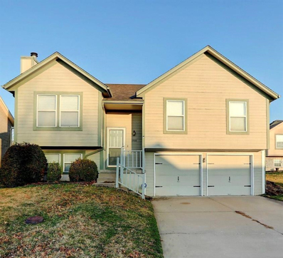1908 NE Gatewood Drive, Lees Summit, MO 64086 - MLS#: 2211030