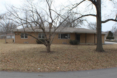2700 S Whitney Avenue, Independence, MO 64057 - MLS#: 2213050