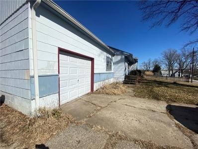 9812 E 41st Street, Kansas City, MO 64133 - #: 2216188
