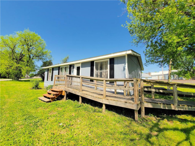 247 E 6th Avenue, Garnett, KS 66032 - MLS#: 2217822