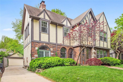 621 W 70th Terrace, Kansas City, MO 64113 - #: 2219236