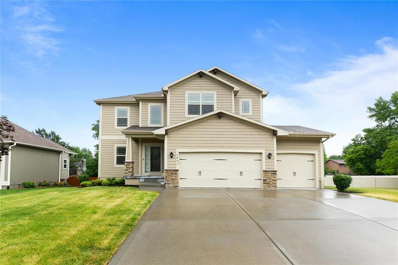 1801 NE WOODVIEW Lane, Lees Summit, MO 64086 - MLS#: 2227399