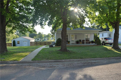1302 Walnut Street, Higginsville, MO 64037 - MLS#: 2229900