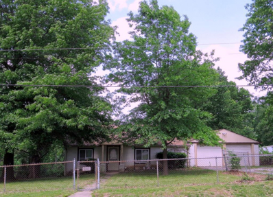 807 N Allen Road, Independence, MO 64050 - #: 2230659