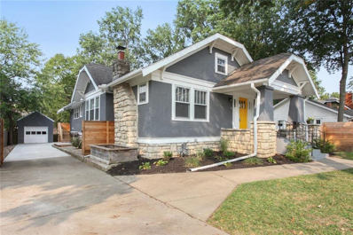 204 E 75 Street, Kansas City, MO 64114 - MLS#: 2241542
