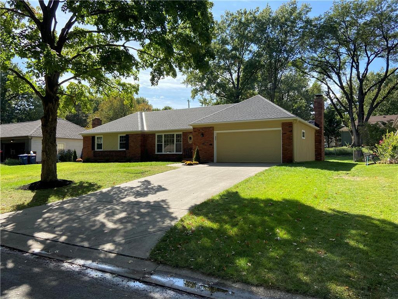 6408 Milhaven Drive, Mission, KS 66202 - #: 2245907