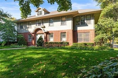 800 W 60th Terrace, Kansas City, MO 64113 - #: 2249164