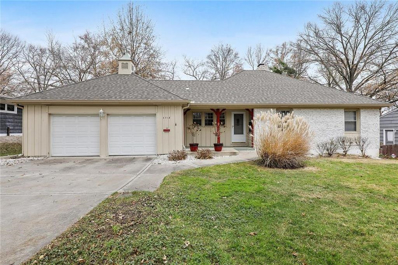 4718 W 65th Street, Prairie Village, KS 66208 - #: 2250083