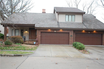 1 Woodlands Drive, Gladstone, MO 64119 - MLS#: 2255128