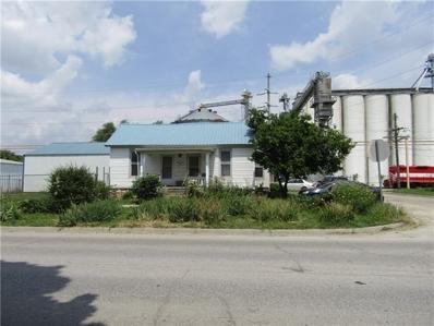 300 Fairground Avenue, Higginsville, MO 64037 - #: 2327791