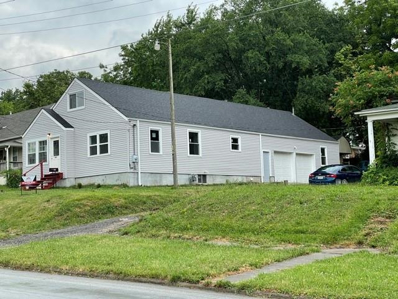 400 S Shaw Street, Richmond, MO 64085 - MLS#: 2330166