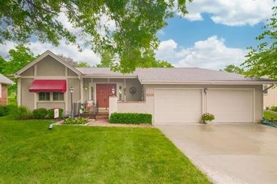 111 Woodbridge Lane, Kansas City, MO 64145 - MLS#: 2330330