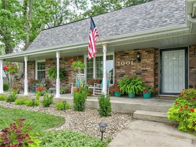 1001 SW Hickory Court, Blue Springs, MO 64015 - MLS#: 2334080