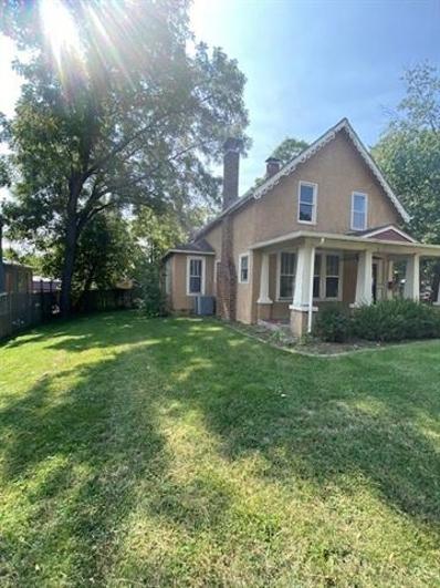812 Cedar Street, Pleasant Hill, MO 64080 - #: 2347450