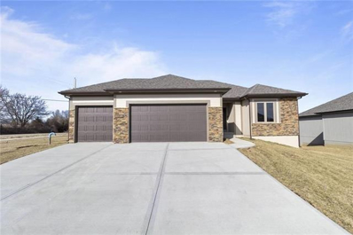 910 NW Hickorywood Court, Grain Valley, MO 64029 - #: 2350799