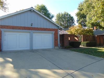 2 Holly Drive, Olathe, KS 66062 - MLS#: 2351758