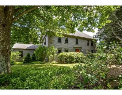 46 Forest St, Sherborn, MA 01770 - MLS#: 72158970