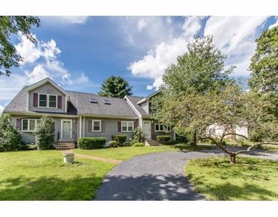 936 Pond St, Franklin, MA 02038 - MLS#: 72219192