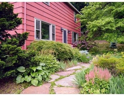 250 Madison Ave W, Holyoke, MA 01040 - MLS#: 72312294