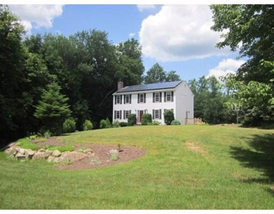 5 Longmeadow Rd, Uxbridge, MA 01569 - MLS#: 72351413
