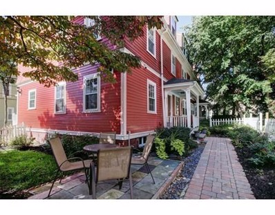 14 Roberts St UNIT 1, Brookline, MA 02445 - MLS#: 72408590