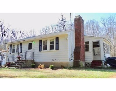 155 Oak St, Foxboro, MA 02035 - MLS#: 72422798