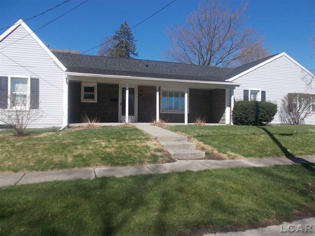 405 Springbrook Avenue, Adrian