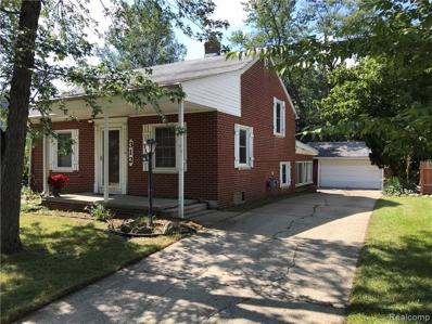 312 S AVERY RD, Waterford, MI 48328 - #: 21502616